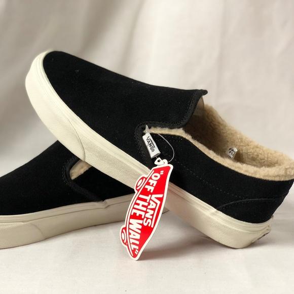 f440380a11d139 Vans Classic Slip On Suede Fleece Black True White